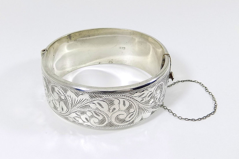 Vintage Solid Silver Hinged Bracelet, 1965, Weight 42.26g
