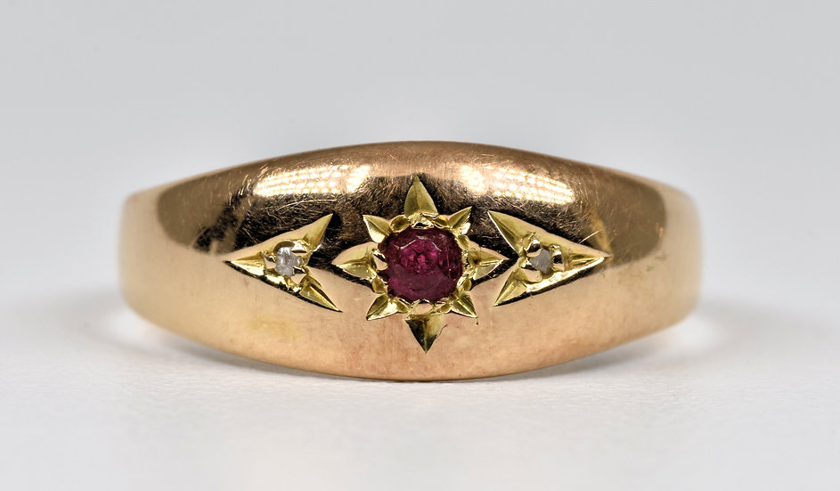 Antique Edwardian 15ct Gold Diamond & Glass Gypsy Ring, (Birmingham,1908)