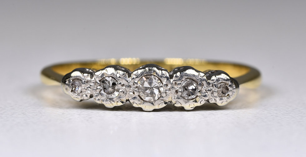 Vintage 18ct Gold & Platinum Diamond 5 Stone Ring, (1950's)