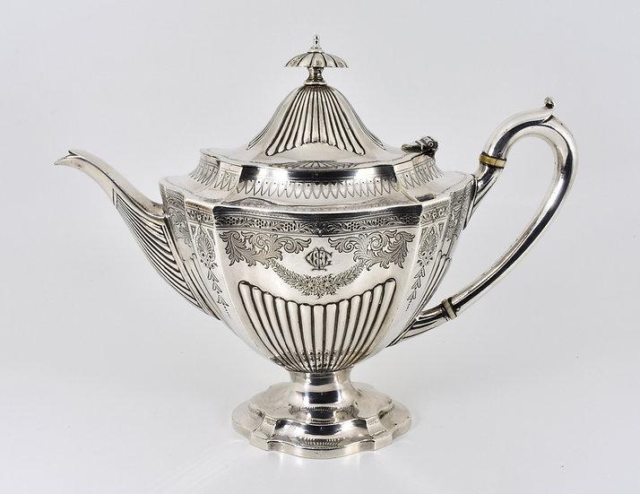 Antique Victorian Silver Plated Teapot (Elkington & Co, 1890)