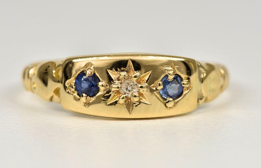 Antique George V 18ct Gold Sapphire & Diamond Gypsy Ring, (Birmingham, 1916)
