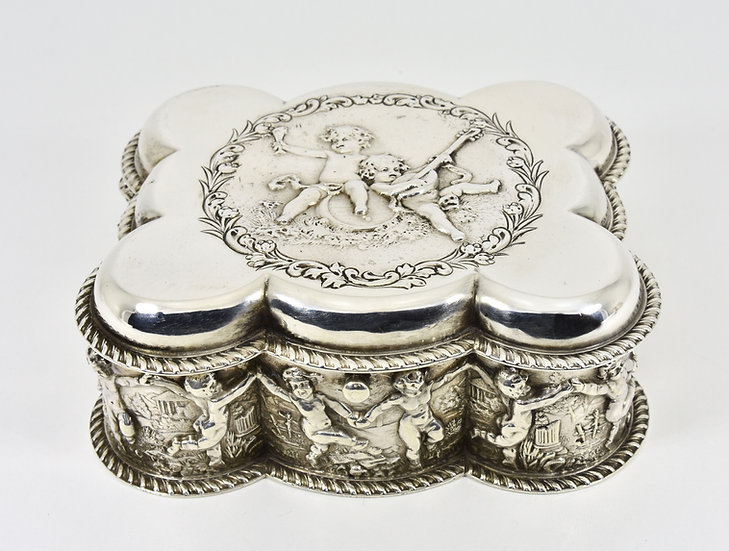 Antique English Edwardian Solid Silver jewellery Box, (William Hutton, 1903)