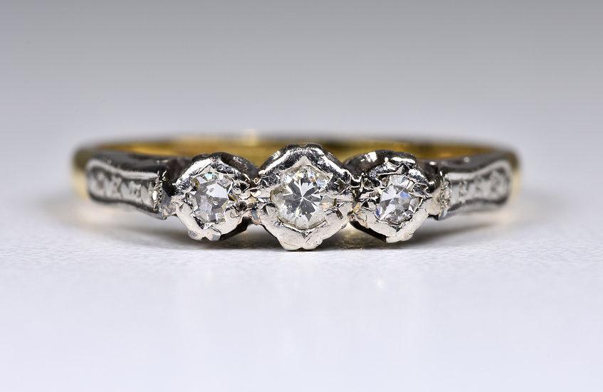 Antique Art Deco 18ct Gold & Platinum 3 Stone Diamond Ring, (1930's)