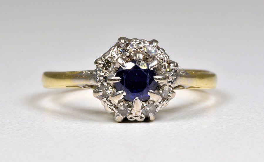Antique Late Victorian 18ct Gold Sapphire & Diamond Cluster Ring, c1901