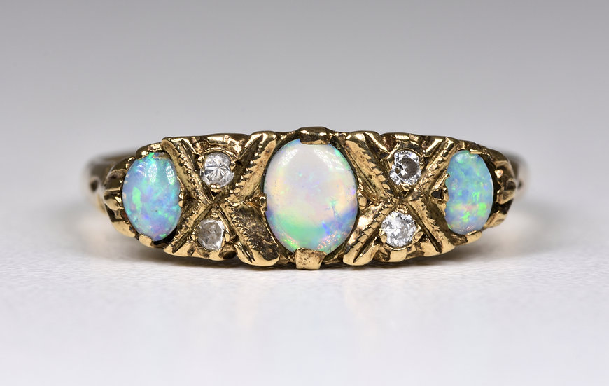 Antique Art Deco 18ct Gold Fire Opal & Diamond Ring, 1920's/30's