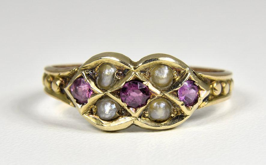 Antique Georgian 10ct Gold Alamandine Garnet & Seed Pearl Ring, (c1820)