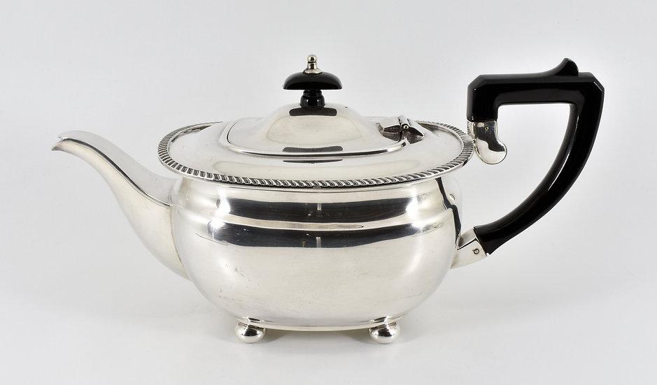Antique English Silver Plated Teapot (Elkington & Co, c1920)