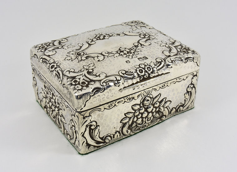Antique English Solid Silver Cigarette Box (Goldsmiths & Silversmiths Co, 1898)