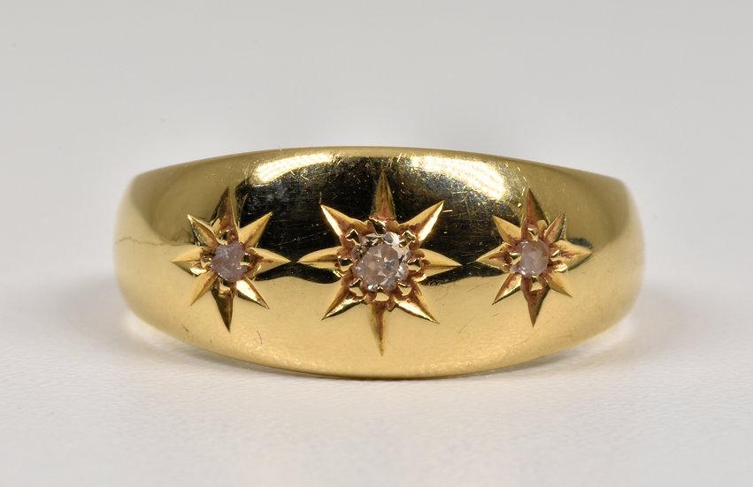 Antique George V 18ct Gold Diamond Gypsy Ring, (Birmingham,1915)