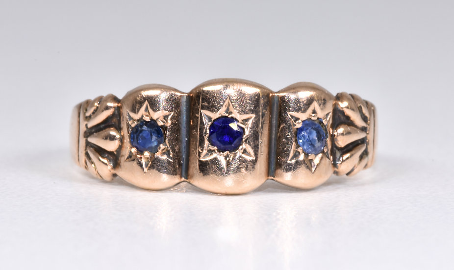 Antique Edwardian 9ct Rose Gold Sapphire Gypsy Ring, (Chester,1908)