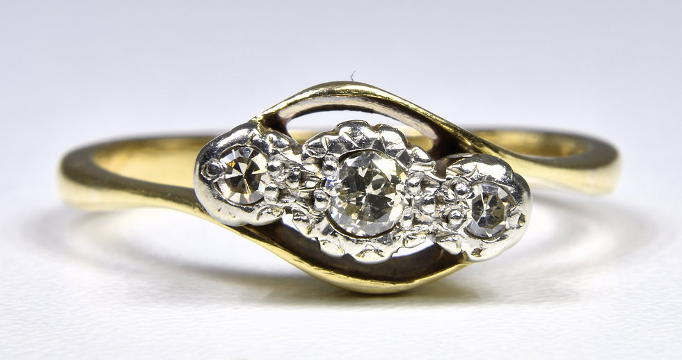 Vintage 18ct Gold 3 Stone Diamond Twist Ring, 1950's