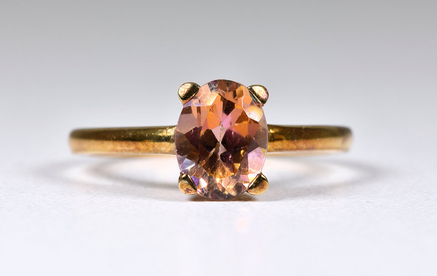Vintage 9ct Rose Gold Twilight Topaz Solitare Ring