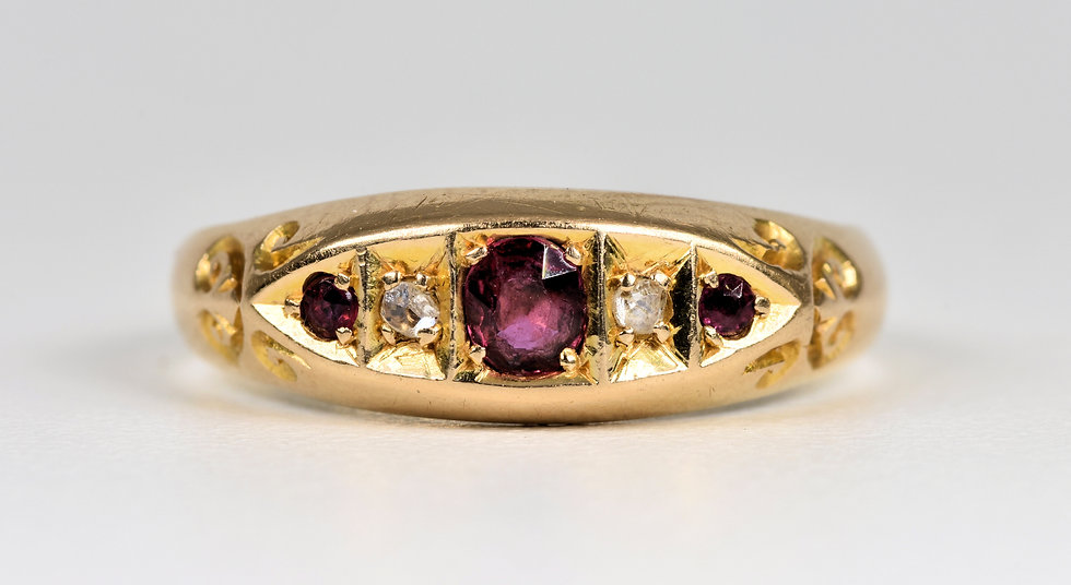 Antique Edwardian 18ct Gold Ruby & Diamond Boat Ring, (Birmingham, 1905)