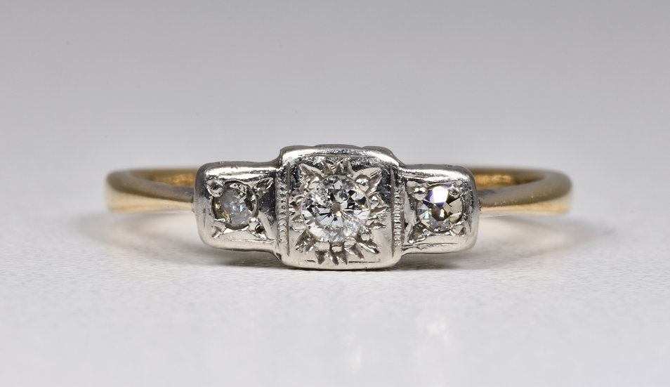 Antique Art Deco 9ct Gold & Palladium 3 Stone Diamond Ring, (1930's)