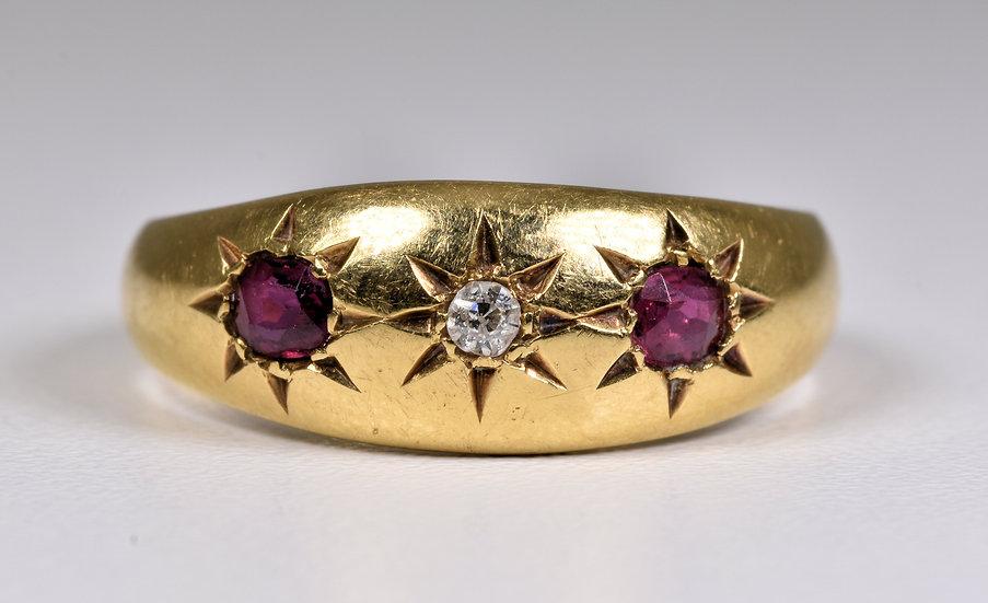 Antique Edwardian 18ct Gold Ruby & Diamond Gypsy Ring, (1907) Original Box