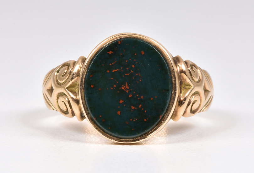 Antique George V 9ct Gold Bloodstone Ring, (Chester,1915)
