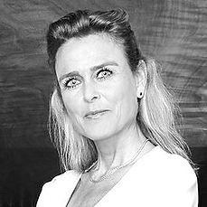 Barbara_Baarsma_in_2014_edited.jpg