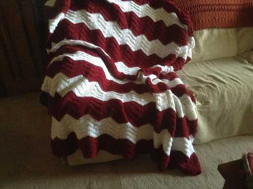 Burgundy/white ripple