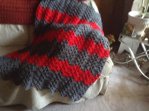 Gray and red ripple afghan