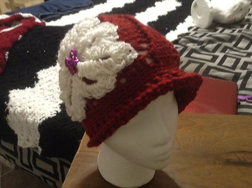 Collection of cloche hats w/flowers