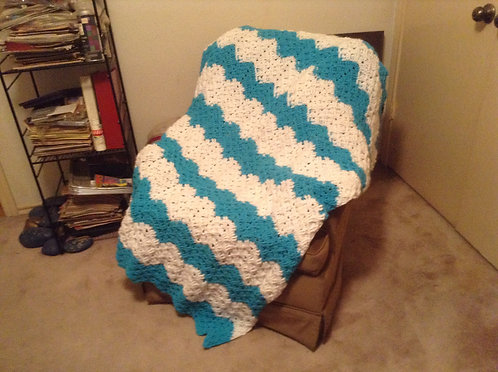 Turquoise/white ribbed reverse ripple