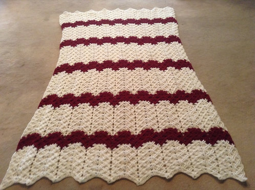 White/Burgundy ribbed ripple reverse