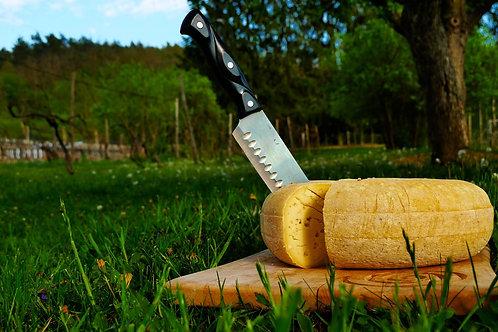 Polotvrdý farmársky syr