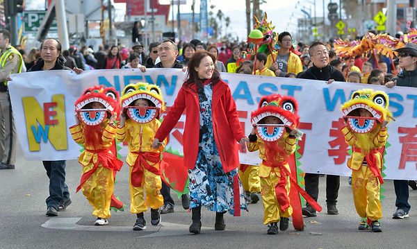 11782290_web1_CHINESE-NY-PARADE-FEB10-19