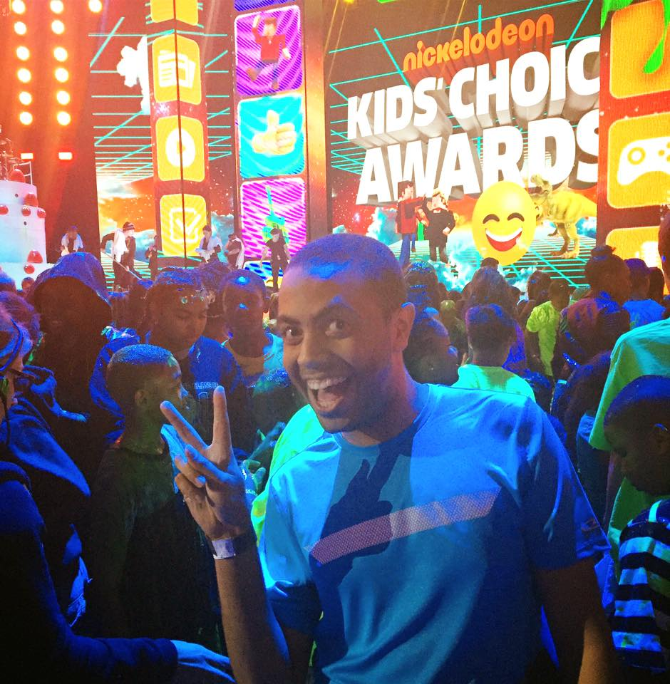 Alex at 2016 Kids Choice Awards