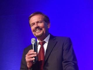 Hans-Peter Etter wird Ehrenmitglied des BLLV