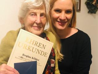 Frau Köhler - eine Lehrerin aus Leib und Seele - Ehrung für 65 Jahre Mitgliedschaft im BLLV