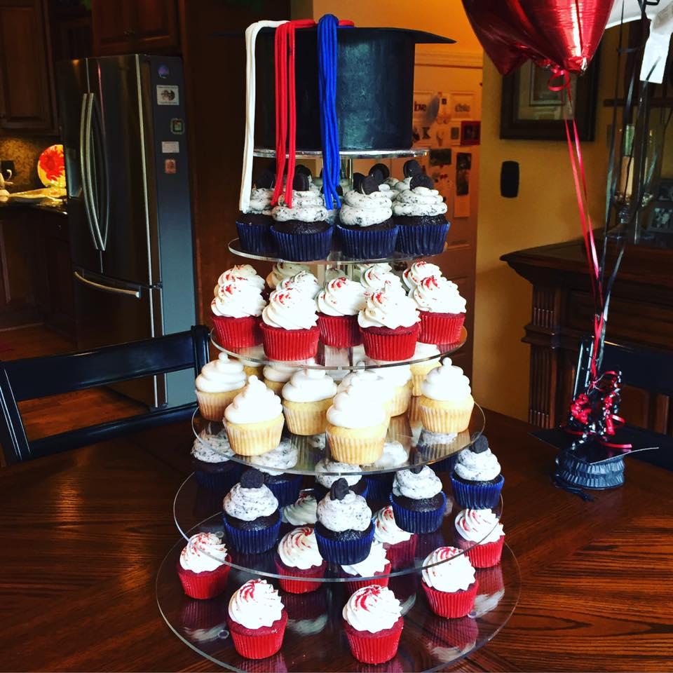 Graduation Cap Cake & Cupcakes