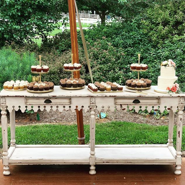 Wedding Cake Display Table