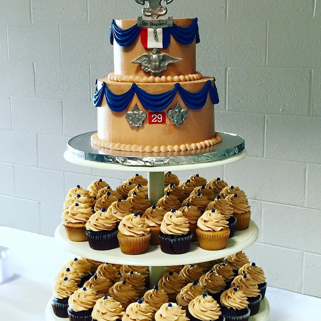 Eagle Scout Cake & Cupcakes.jpg