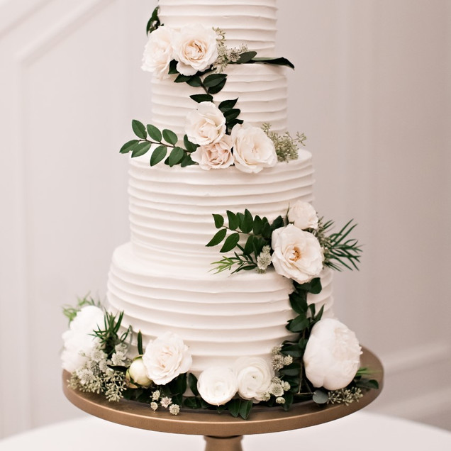 4 Tiered Swirl Wedding Cake