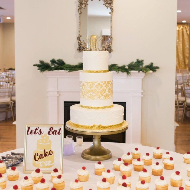 Gold Damask Buttercream Wedding Cake & C