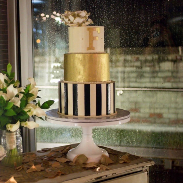 Black & White Gold Wedding Cake