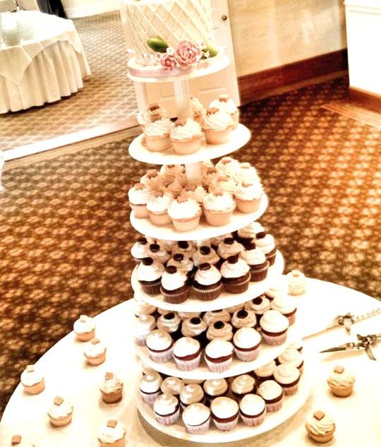 Lattice Wedding Cake Cupcake Tower