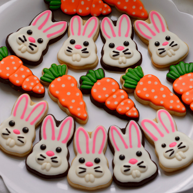 Easter Bunnies & Carrot Cookies