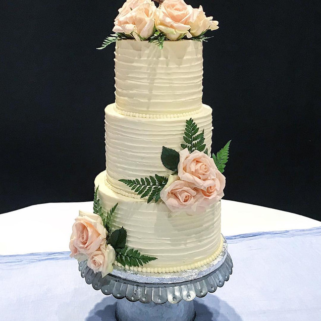 Wedding Cake Rustic Charm