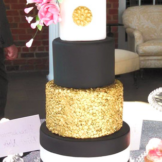 Black Gold & White Mini Wedding Cake