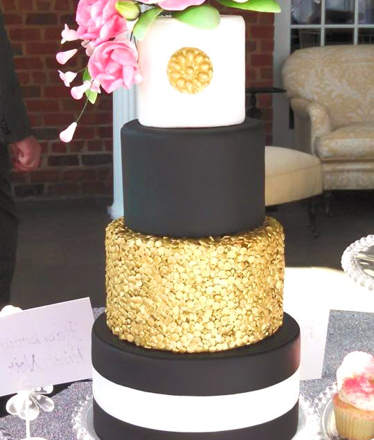 Black Gold & White Mini Wedding Cake