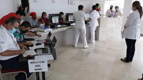 Personal de los hospitales de la Mujer y del Niño completan esquema de vacunación anti Covid-19