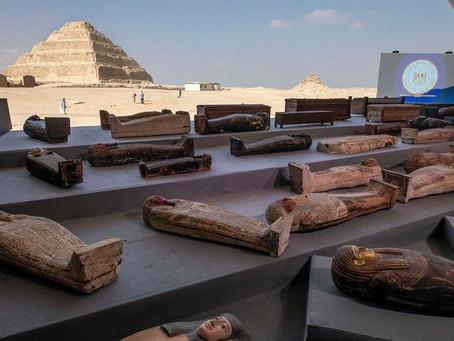 Impactante tesoro arqueológico: Egipto presentó más de 100 sarcófagos de 2.000 años de antigüedad