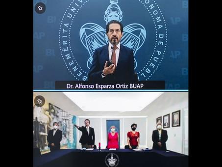 BUAP destinará más recursos para la formación de estudiantes de Medicina: Rector Alfonso Esparza
