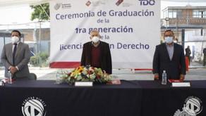 Culminan estudios profesionales 13 internos del penal de San Miguel