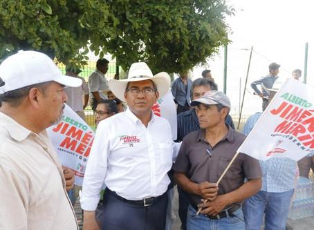 Ofrece Jiménez Merino crear un Centro Turístico en la laguna de Epatlán