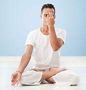 pt_31_chateau-zen-homme-yoga.jpg