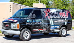 Adams radio