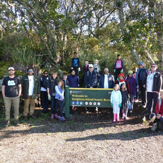 RangitotoBeach CleanUp-Day1a-s0.jpg